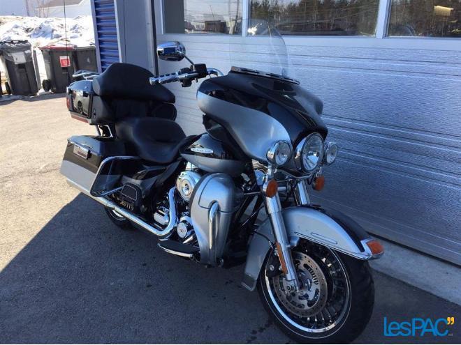 2012 Harley Davidson FLHTK ELECTRAGLIDE LIMITED