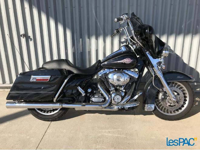 2012 Harley Davidson FLHTC