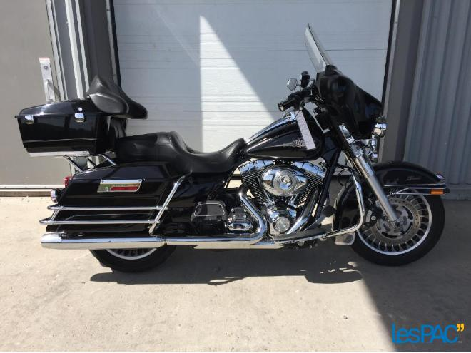 46801094 Harley Davidson ELECTRAGLIDE 2011