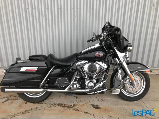 48947084 Harley Davidson FLHTC 2007