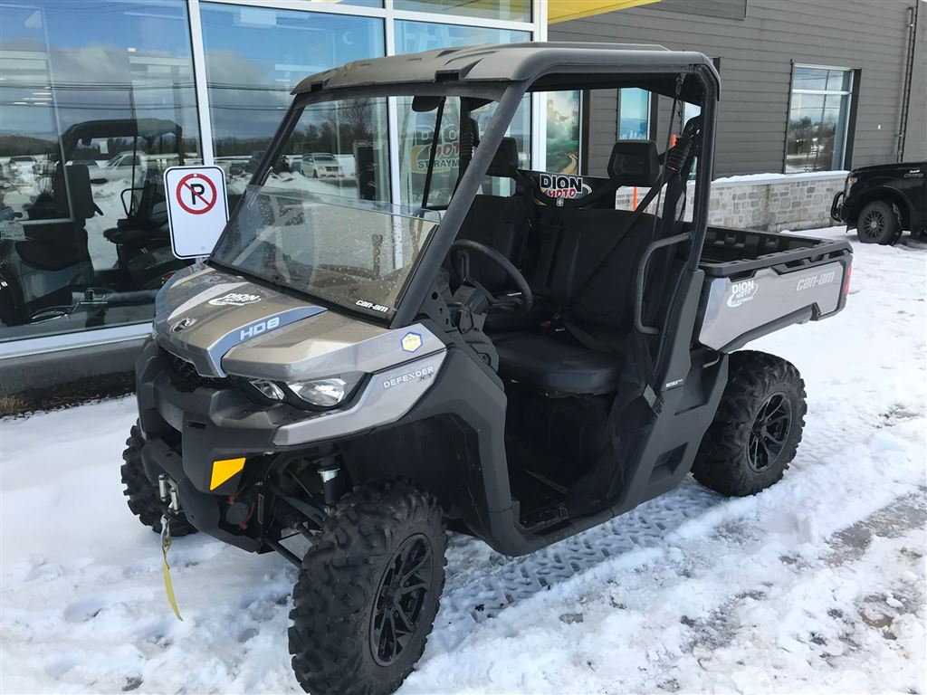 28114 Can-Am Defender XT HD8 2017